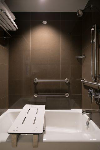 hyatt-house-bath