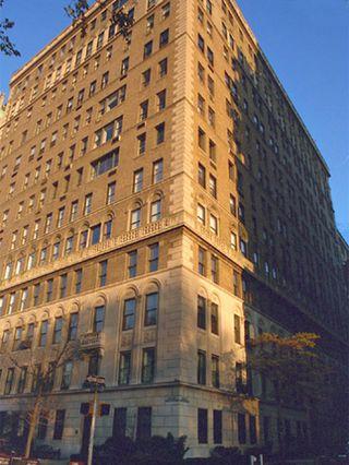1060-Fifth-Avenue-01