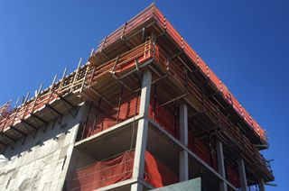 21-10 44th drive, the decker, construction