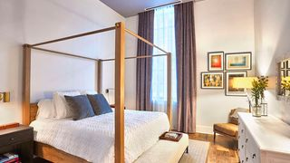bedroom-inkwell