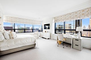 219 East 44th Street interiors