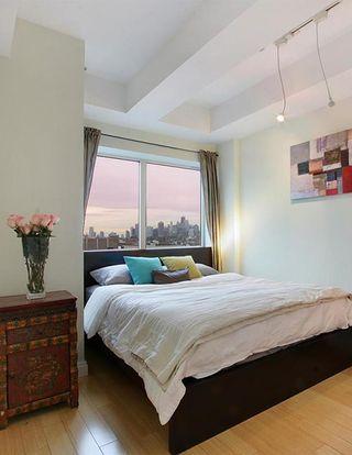 302 2nd Street interiors