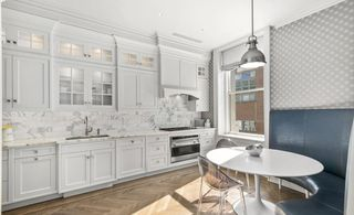 2211 Broadway interiors