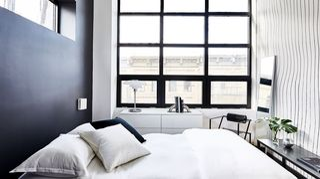 glassworks bushwick bedroom