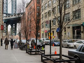 However With The Increase Of Prices In Manhattan People Began To Migrate Out Brooklyn And Dumbo Sucbed Gentrification Process