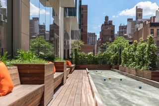 225 East 39th Street amenities