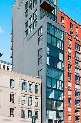559-West-23rd-Street-01