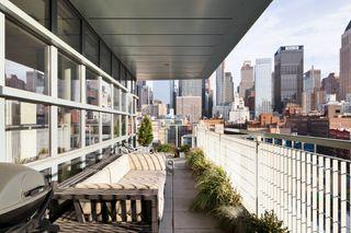 500 West 53rd Street exterior