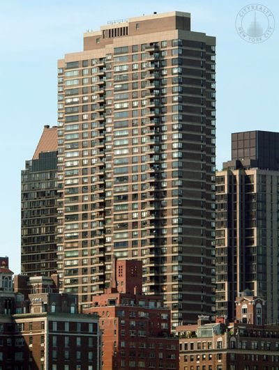 Top 10 Manhattan Apartment Buildings for Viewing The NYC ...