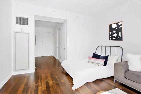 340 East 23rd Street interiors