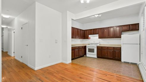 2041 Fifth Avenue Kitchen