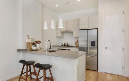 1143 Lafayette Avenue interiors