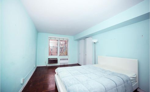 3901-Independence-Avenue-3