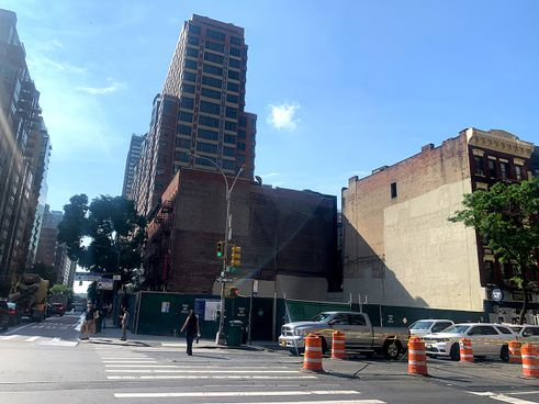 200-East-34th-Street-04