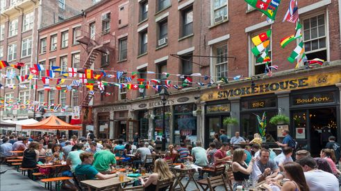 The 12 Block Historic District Which Is Original Port Of New York City Features Shopping Dining And South Street Seaport Museum
