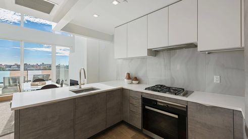 135 Bayard kitchen