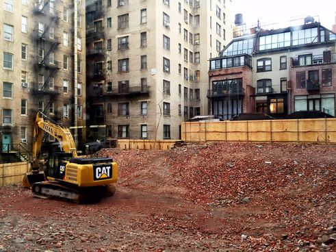 Work begins on fxfowle 39 s chamberlain sales gallery opens for Upper west side apartments nyc
