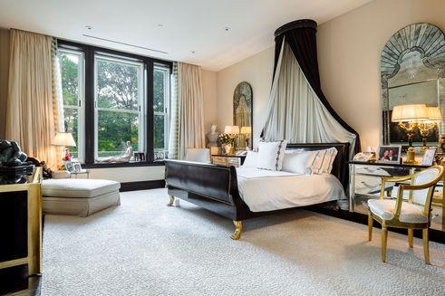 Tommy-Hilfiger-bedroom