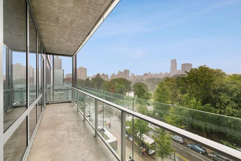 111-Central-Park-North-03