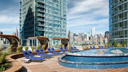 4545 Center Boulevard, LIC, Roof Deck