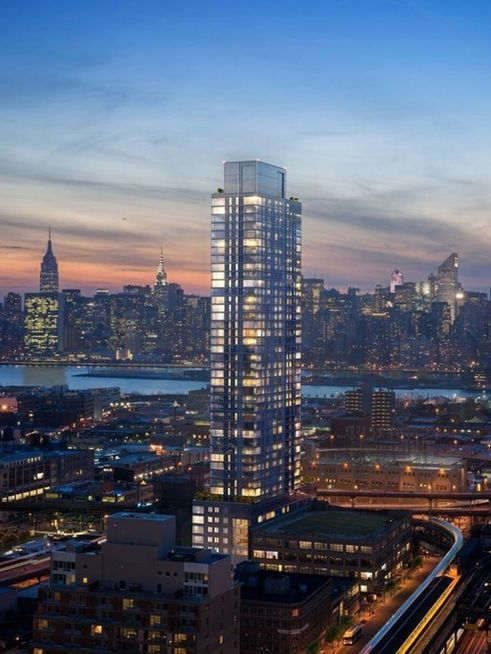42-20 24th Street skyline