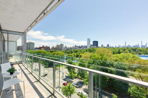 111-Central-Park-North-3