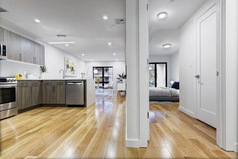 21-17 31st Avenue interiors