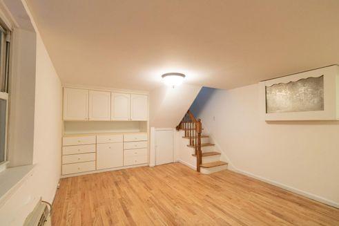342 East 87th Street - Yorkville co-op deals