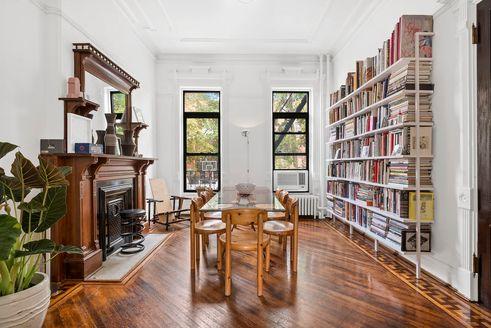 385 Madison Street interiors
