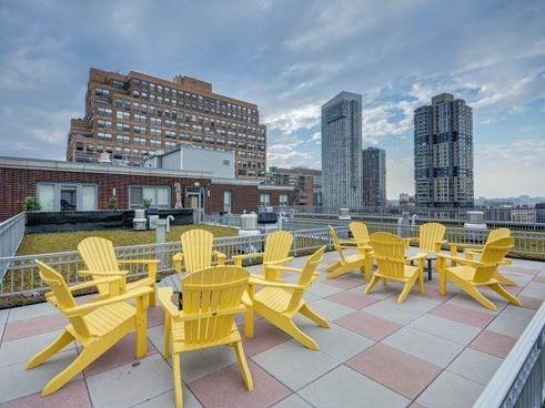120 York Street amenities