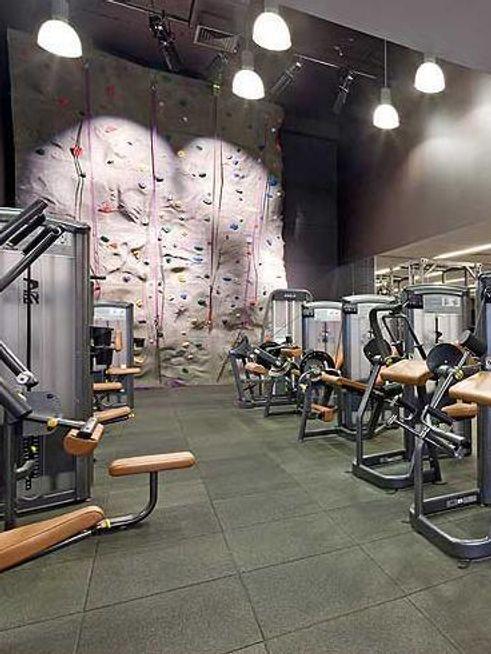515 East 72nd Street amenities