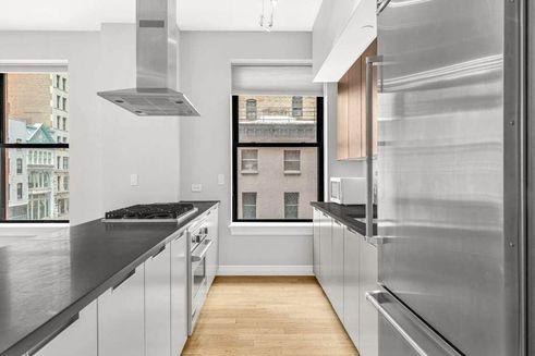225-Fifth-Avenue-02