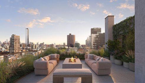 Manhattan luxury condos