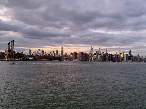Manhattan skyline views