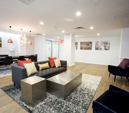 Resident lounge at 41 Park Ave