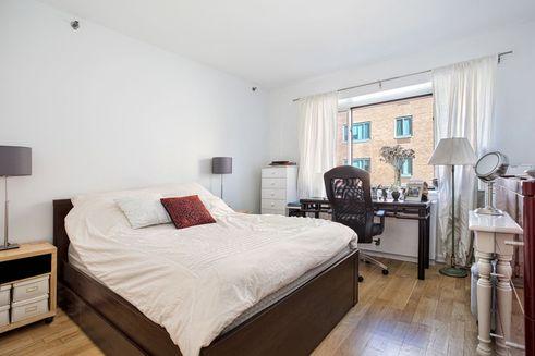 2279 Third Avenue interiors