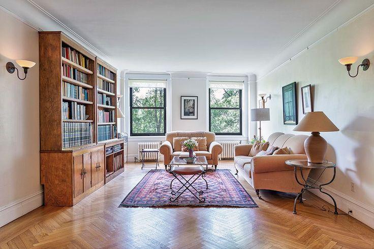 Classic five living room (Wohlfarth & Associates)