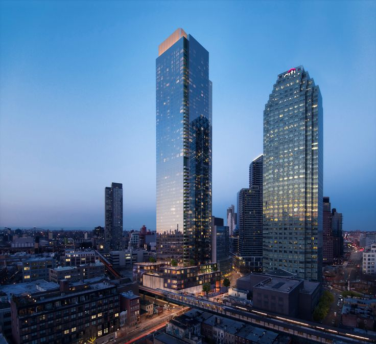 All renderings of Skyline Tower (l; seen here with Citigroup Building) via Binyan Studios