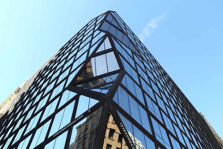 Looking up at 121 E 22nd (CityRealty)