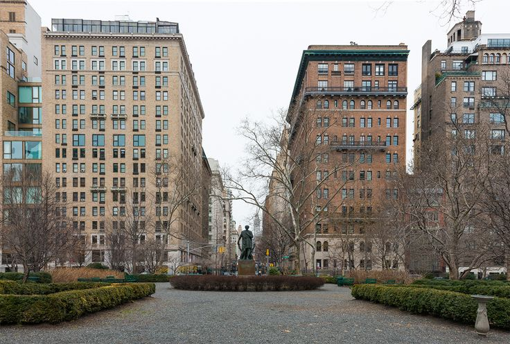 Gramercy Park and surrounding buildings (CItyRealty)