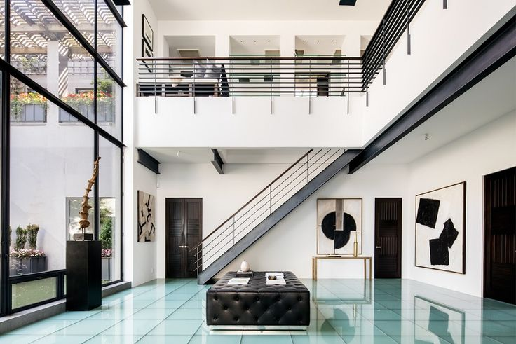 All images of 165 Perry Street penthouse via Dolly Lenz