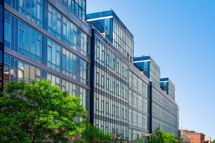 110 Green Street in Greenpoint, Brooklyn is offering leases with 1 month of free rent. (Image via 110greenstreet.com)