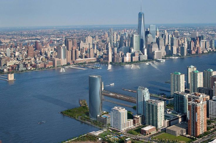 The Ellipse in the Jersey CIty / Manhattan skyline