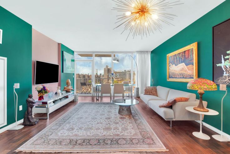 A recently-reduced 3-bedroom at Gramercy Starck