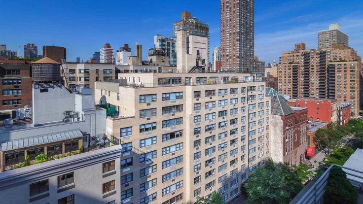 420 East 80th Street in Yorkville on the Upper East Side (Image via Equity Residential)
