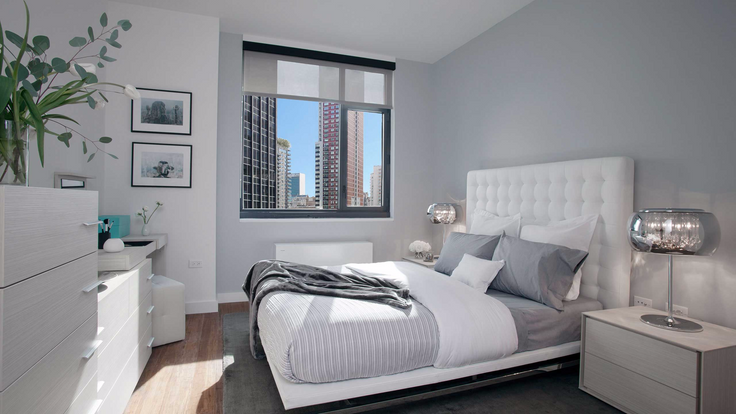 A light-filled bedroom at Murray Hill rental Frontier (Image via frontiernyc.com)