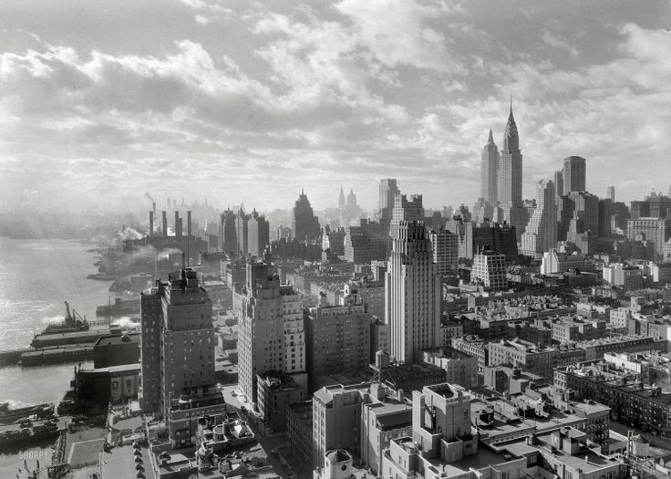 1931 photo with Beekman Tower centered by photographer Samuel H. Gottscho via Shorpy