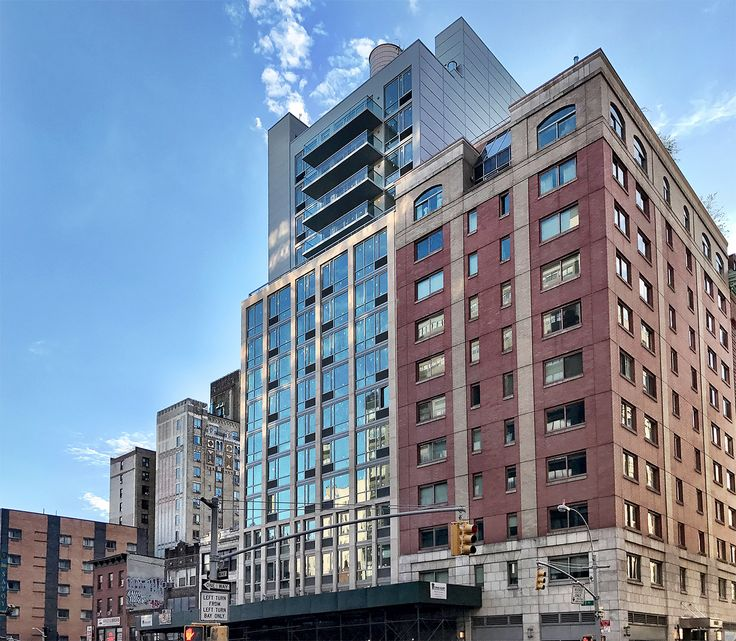Synergy Chelsea at 232 Seventh Avenue (Photo: CityRealty)
