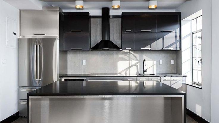 25-monroe-place-kitchen