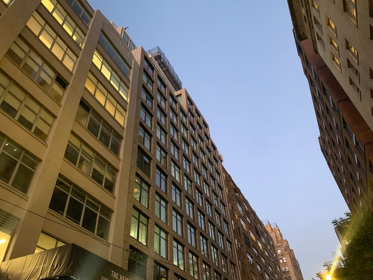 77-Charlton-Street